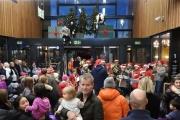 fornebu-s-julegrantenning-28-11-2015-foto-paal-alme-11