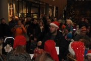 fornebu-s-julegrantenning-28-11-2015-foto-paal-alme-22