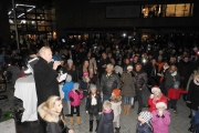 fornebu-s-julegrantenning-28-11-2015-foto-paal-alme-55